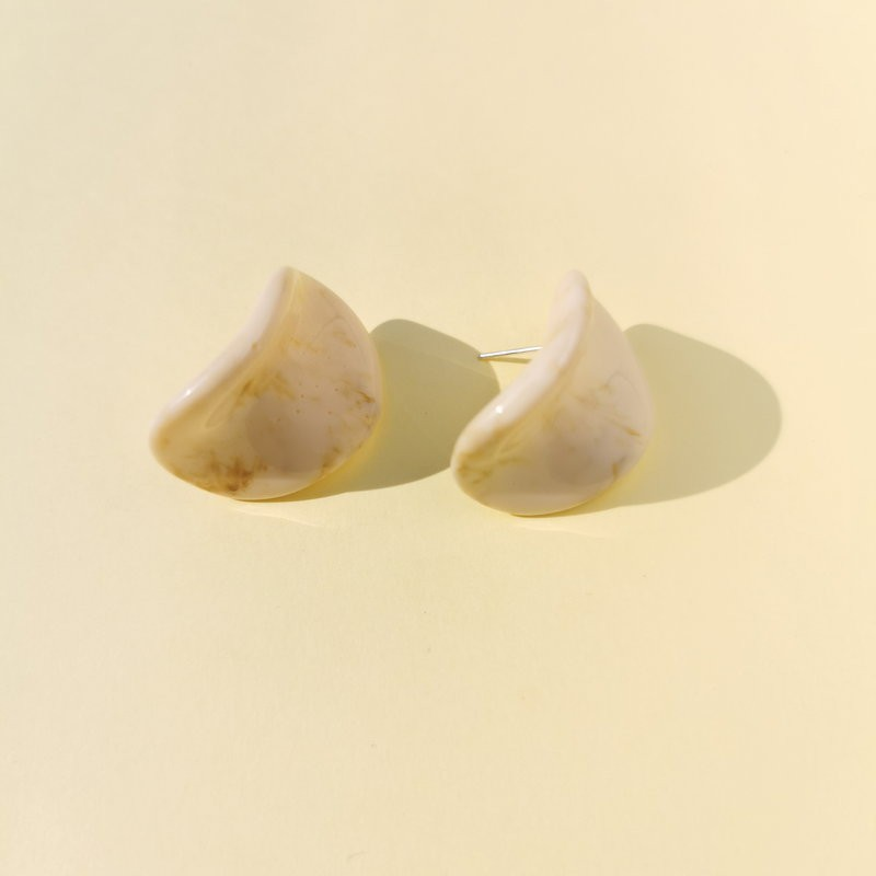 Maria Disc Earrings (Cream)